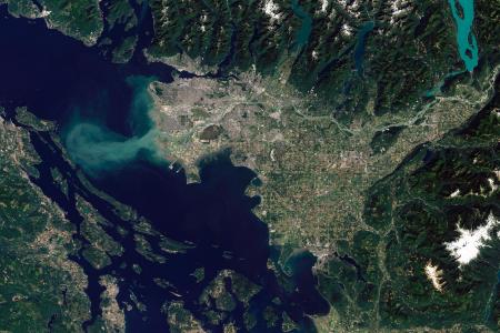 天空地一体化水环境遥感监测与应急服务体系